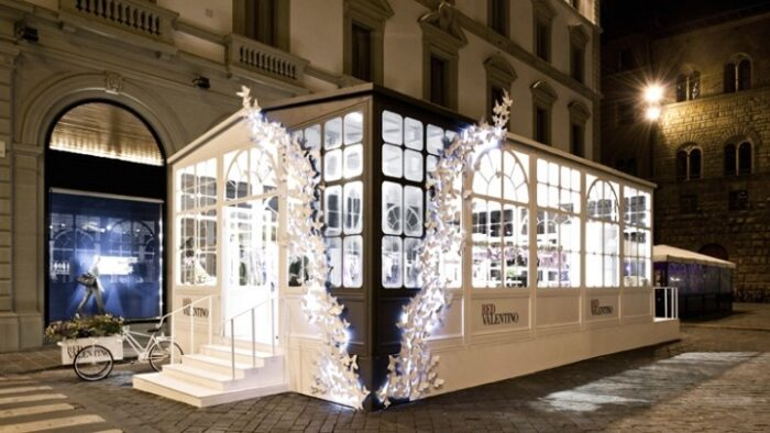 red_valentino_pop-up_store
